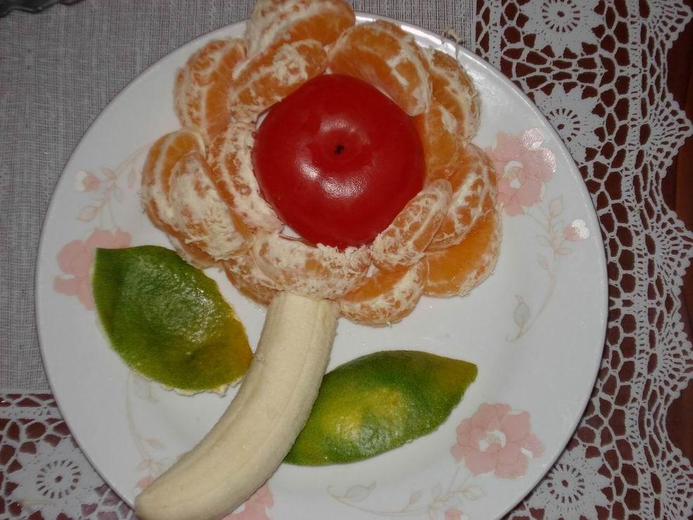水果拼盘海绵宝宝