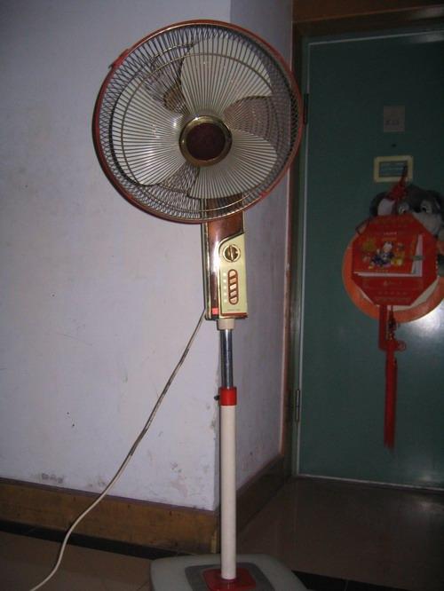 低价转让长城牌落地电风扇