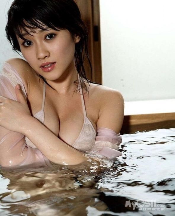 日本第一陪酒女郎浴室写真