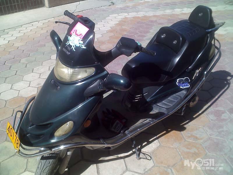 出售精通天马125踏板摩托车 牌照行驶证俱全 有图