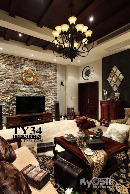 美式客厅电视背景墙木板