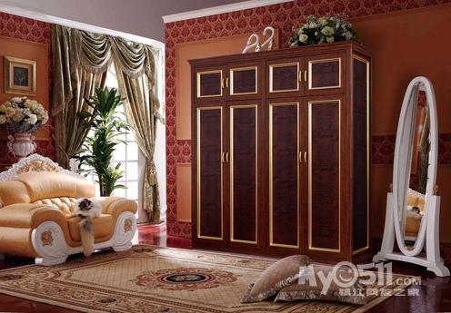 罗马柱卧室衣柜装修效果图