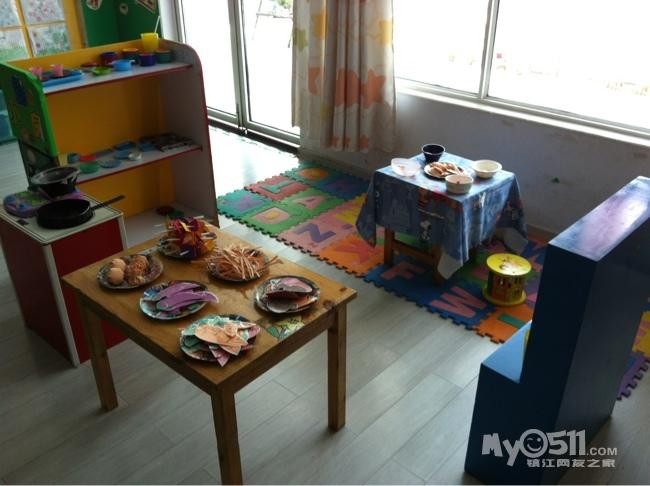 幼儿园区间角小厨房图片