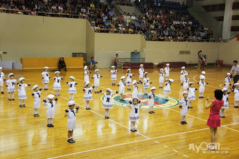 """""""飞吧,孩子们""""---润州实验幼儿园2012年六一艺术汇报演出精彩剪影"""