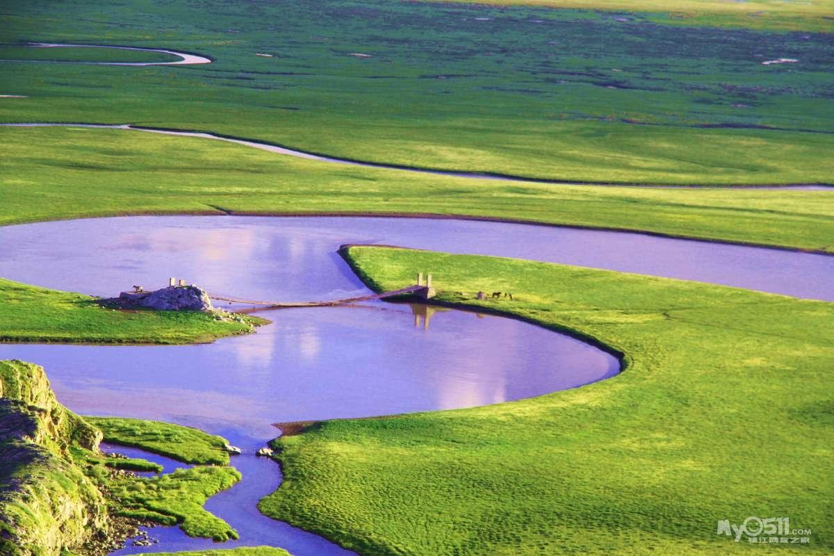 新疆河流风景高清图