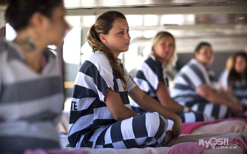 标题 带脚镣的美国女囚 查看 21648 回复 24 上一主题 下一主题图片