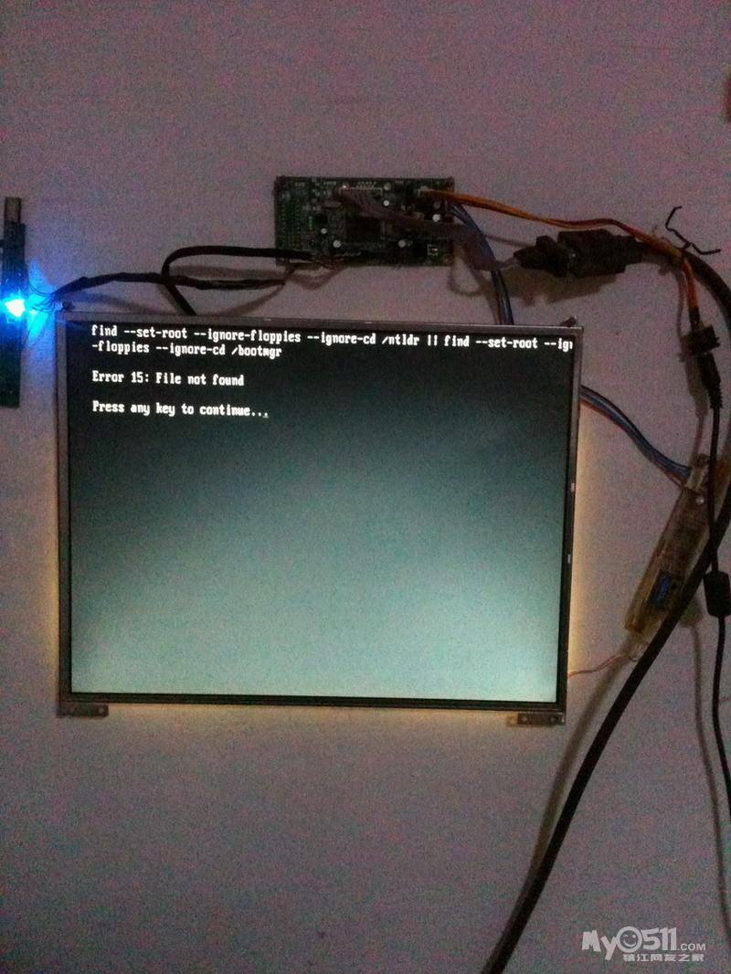 谁能将笔记本显示屏改装成台式机的显示屏