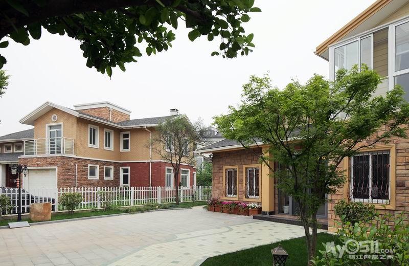 别墅庭院铺砖设计图