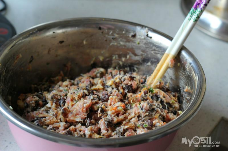 创超美味的蟹黄三鲜饺子