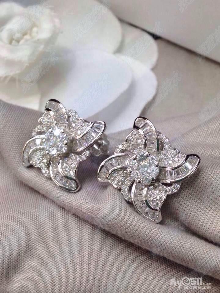 BVLGARI宝格丽满钻耳钉 925银-精美高仿小香,宝格丽,韩国时尚