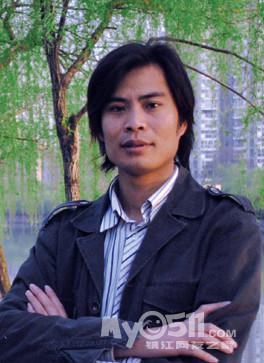 花坛和水果》获南京艺术学院优秀学生作品展优秀奖.   ..高清图片