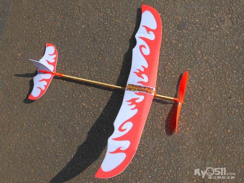 雷鸟橡筋动力飞机拼装模型