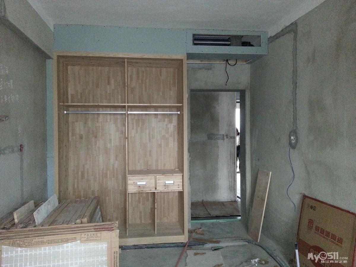 设计图分享 8平米小房间设计图 > 窄房间衣柜设计图  窄房间衣柜设计