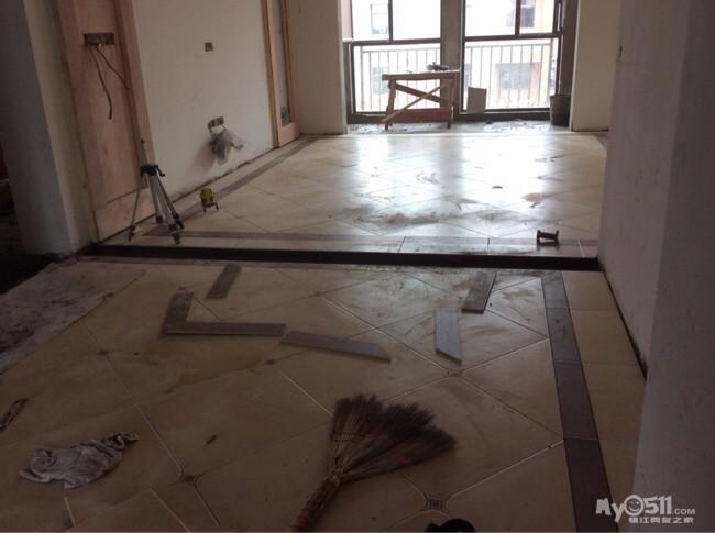仿古砖装修效果图过门石