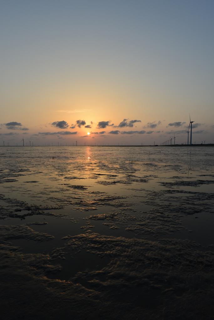 如东海滩的日出,日落