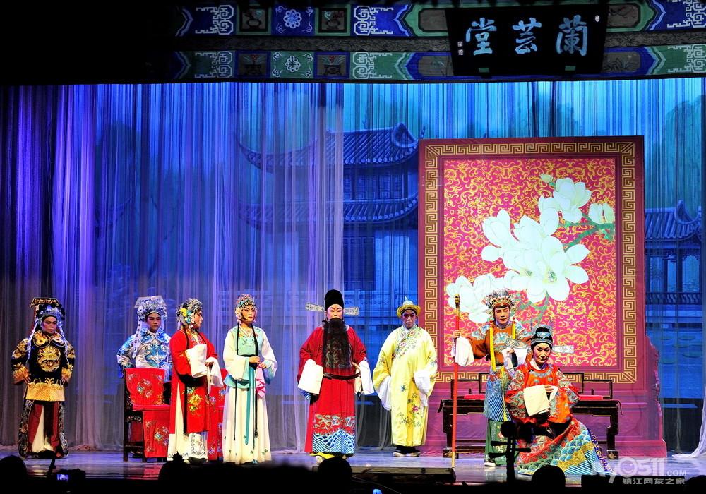 经典锡剧珍珠塔在地区影院公演