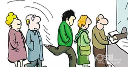 """""""公共场合不能大声喧哗"""",小学就开始学的基本礼仪."""