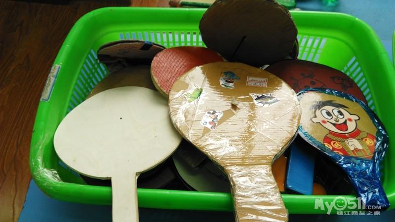 幼儿园美工区角布置内容幼儿园美工区角布置版面