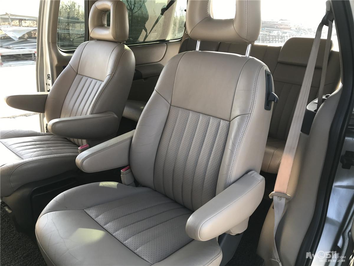 出售别克gl8商务车 03年3.0l自动挡7座 车况优无事故