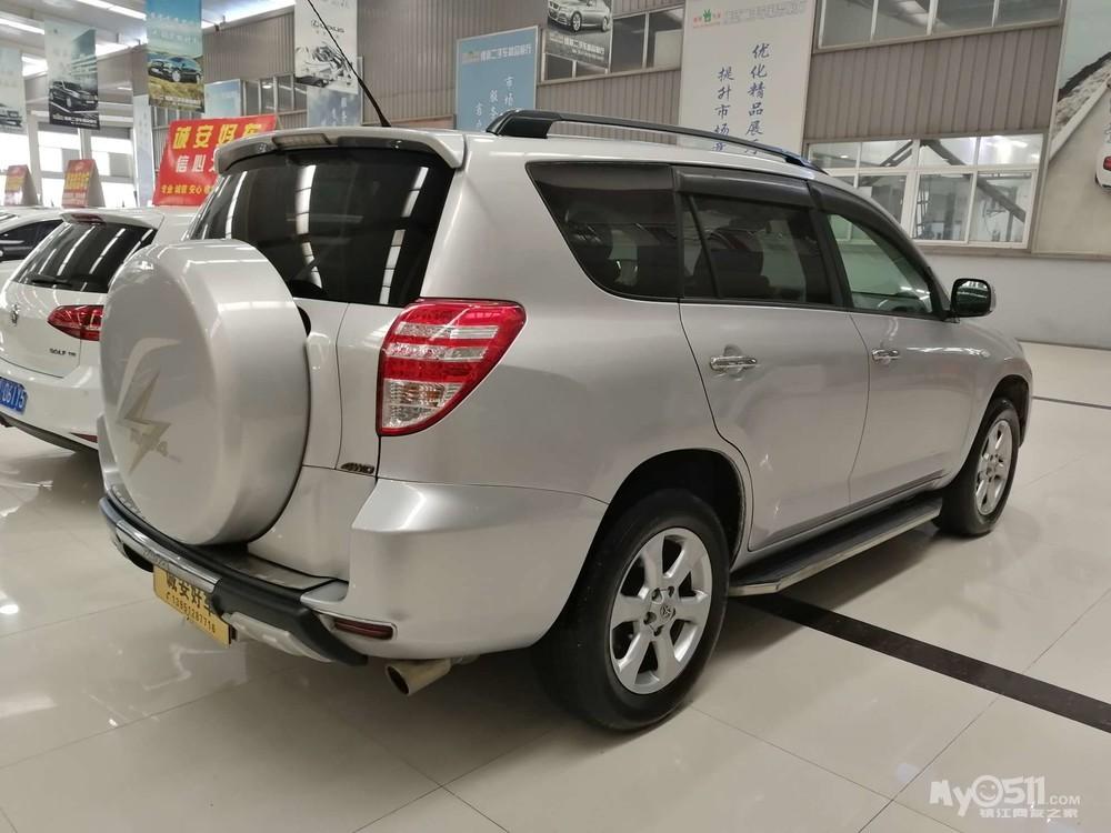 丰田raⅤ4 2.0自动豪华版 经典后备胎款 车好价中
